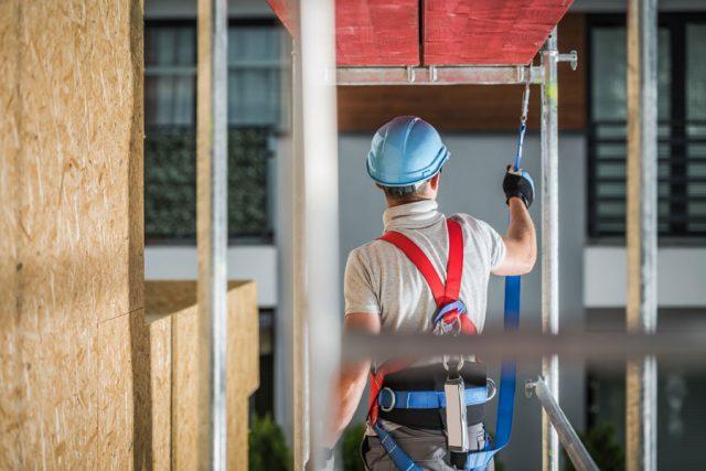 Sistemi anti caduta dall'alto: a cosa servono e perché sono importanti